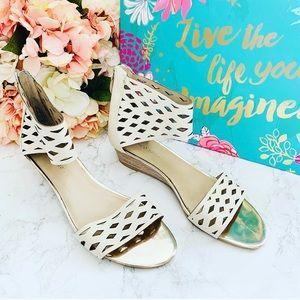 🌸 Franco Sarto Wedge Sandals 9M